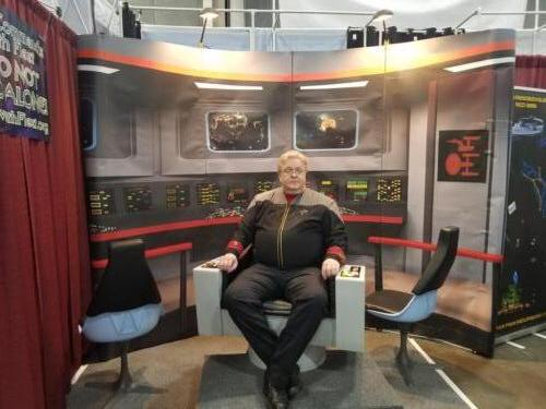 FanX 2018 TOS Command Chair